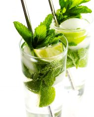 How-To-Make-A-Mojito-Recipe-Cocktail-Fresh-Honey-3